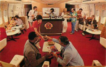 Continental Airlines 747 Polynesian Pub